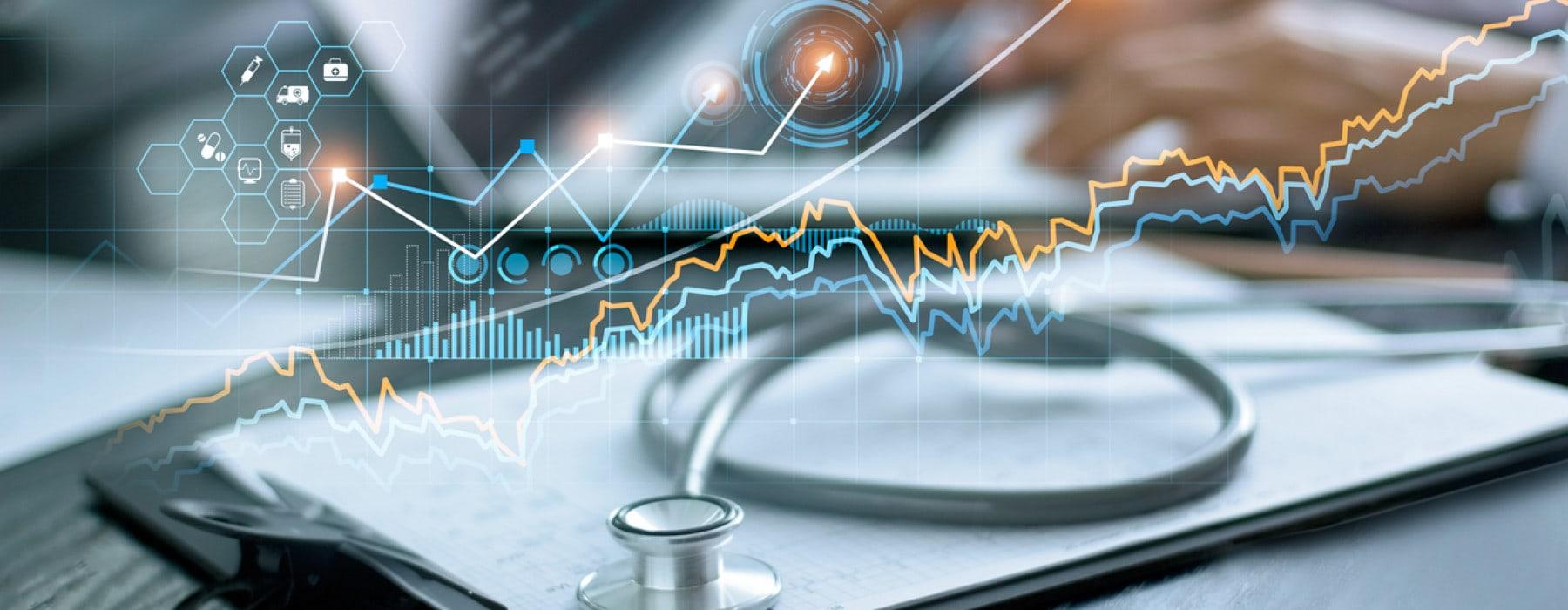 EHR PROS 2 - stockfresh 7904449 doctor-using-tablet-in-hospital sizeXS-min
